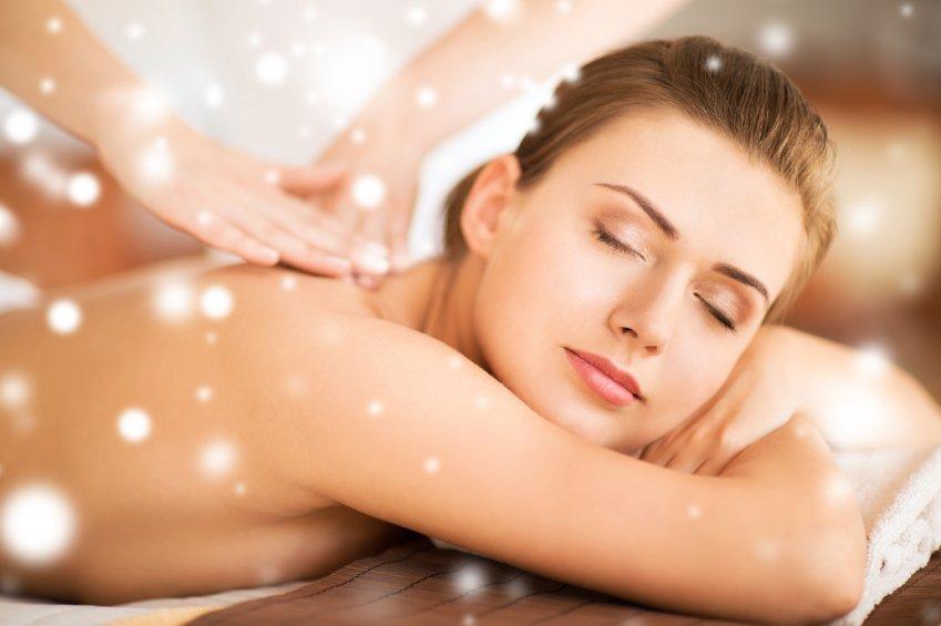 Vine a relaxar-te i a gaudir del nostre hotel amb aquest paquet amb accés a l'spa, massatge i sopar inclòs.
